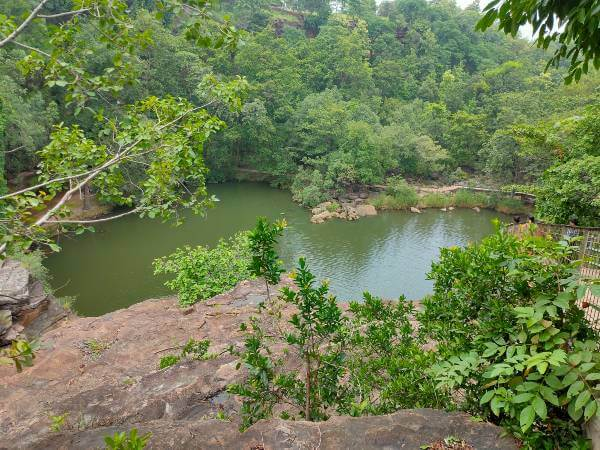 pandav-fall-and-caves-in-panna